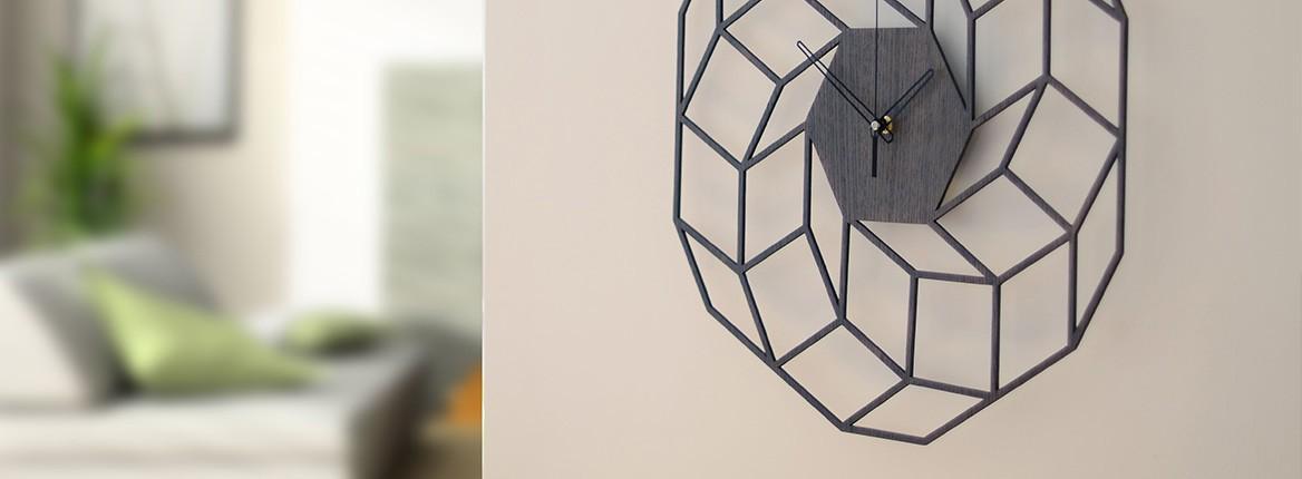 Pilkos spalvos Sieninis laikrodis Dreamcatcher